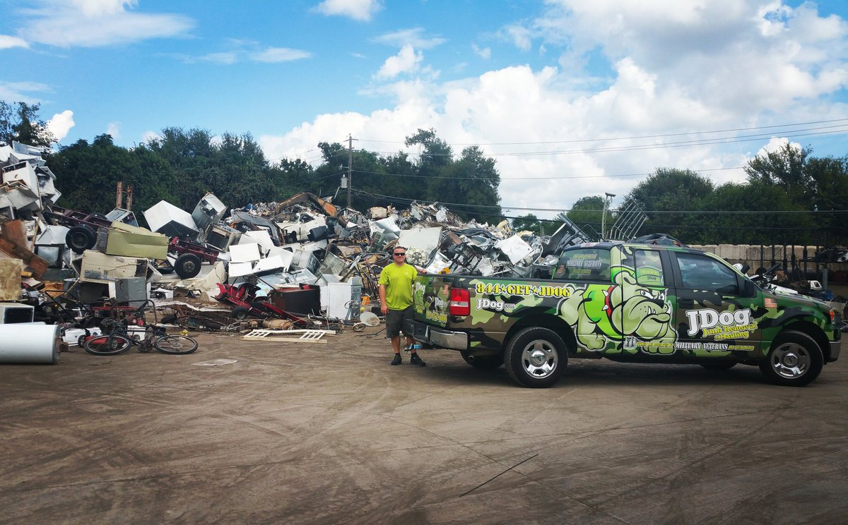 Jdog Kyle Texas On Twitter Jdog At The Scrap Recycling Site In