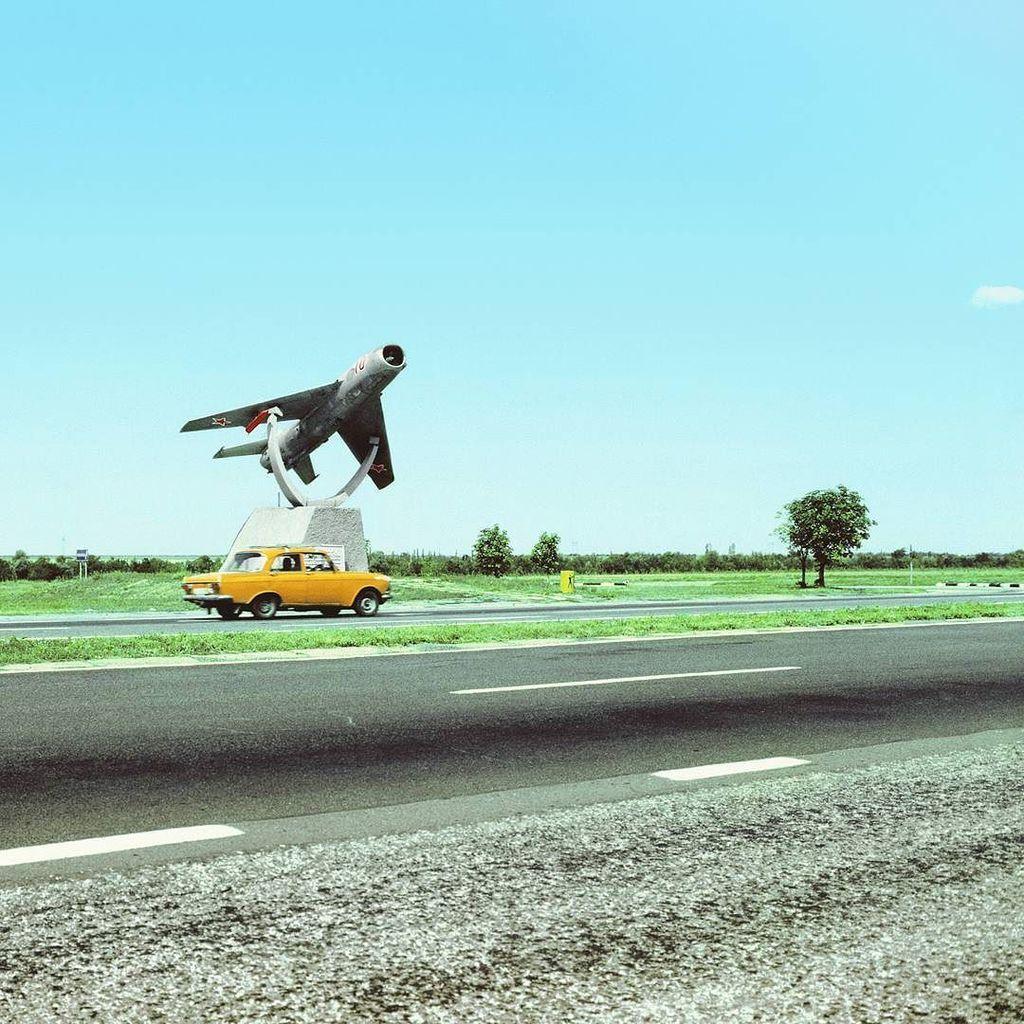 #marcocitron #boringlandscape #urbanism1.01 #photography #landscape #postsovietstates #urb… https://t.co/alyOgaQDTq