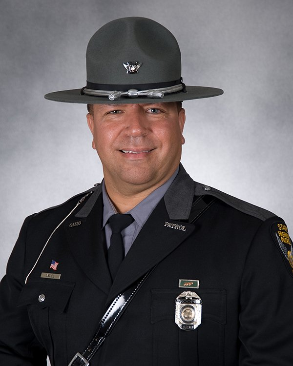 OSHP is mourning the loss of Trooper Kenneth Velez, who was struck and killed this afternoon https://t.co/wLmS4ayTTL https://t.co/bGOSoM5mSE