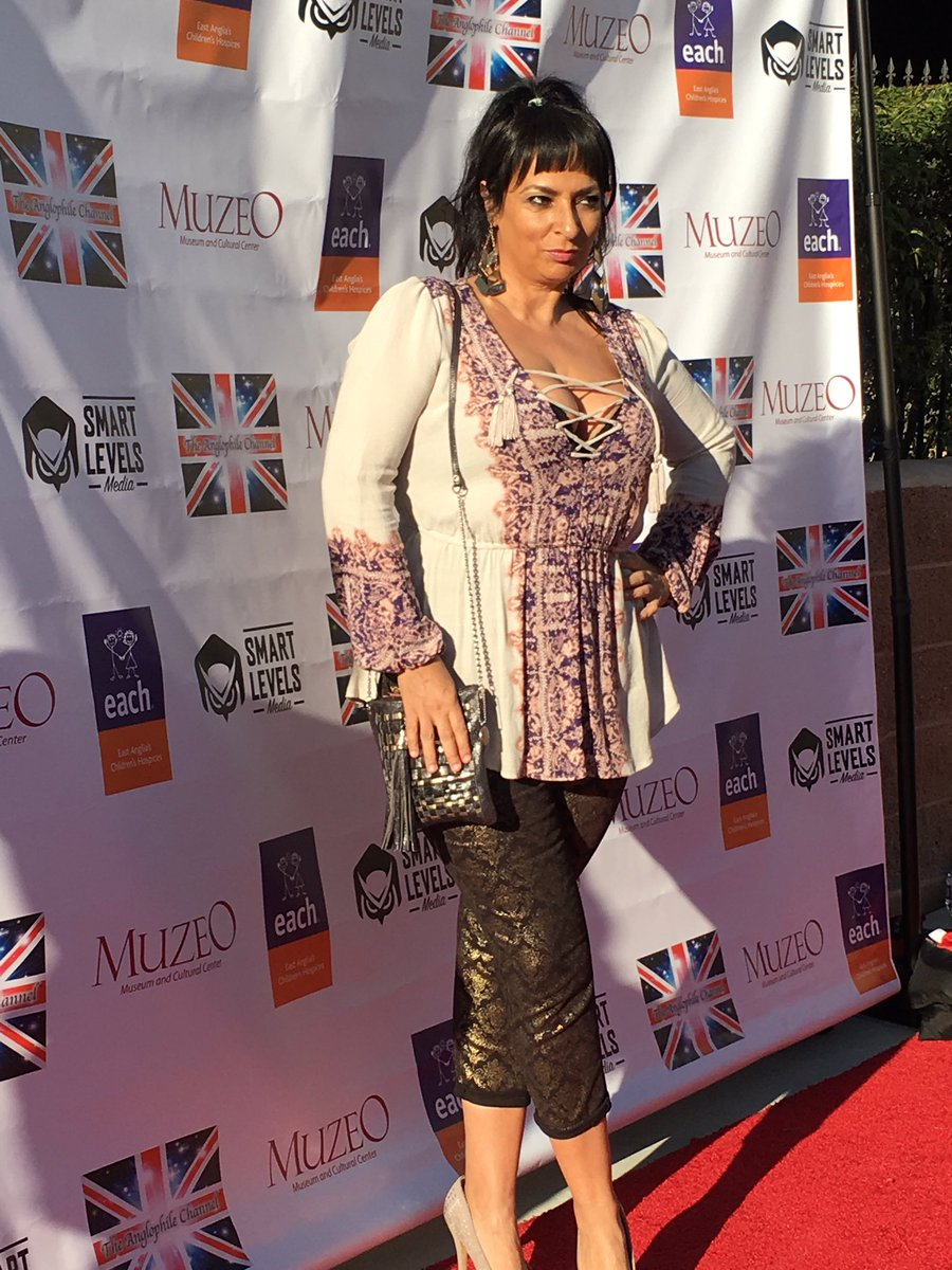 Outlander Socal On Twitter Alice Amter From The Big Bang Theory Tacawards Anglophiletv Full body measurements, clothes & shoes size is being updated soon or you can click edit button to. alice amter from the big bang theory