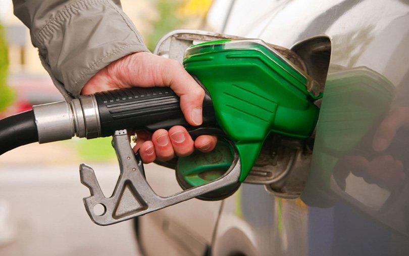 नेपालमाथि भारतको हैकमः  '१५ वर्ष हामीसँग मात्र पेट्रोलियम'