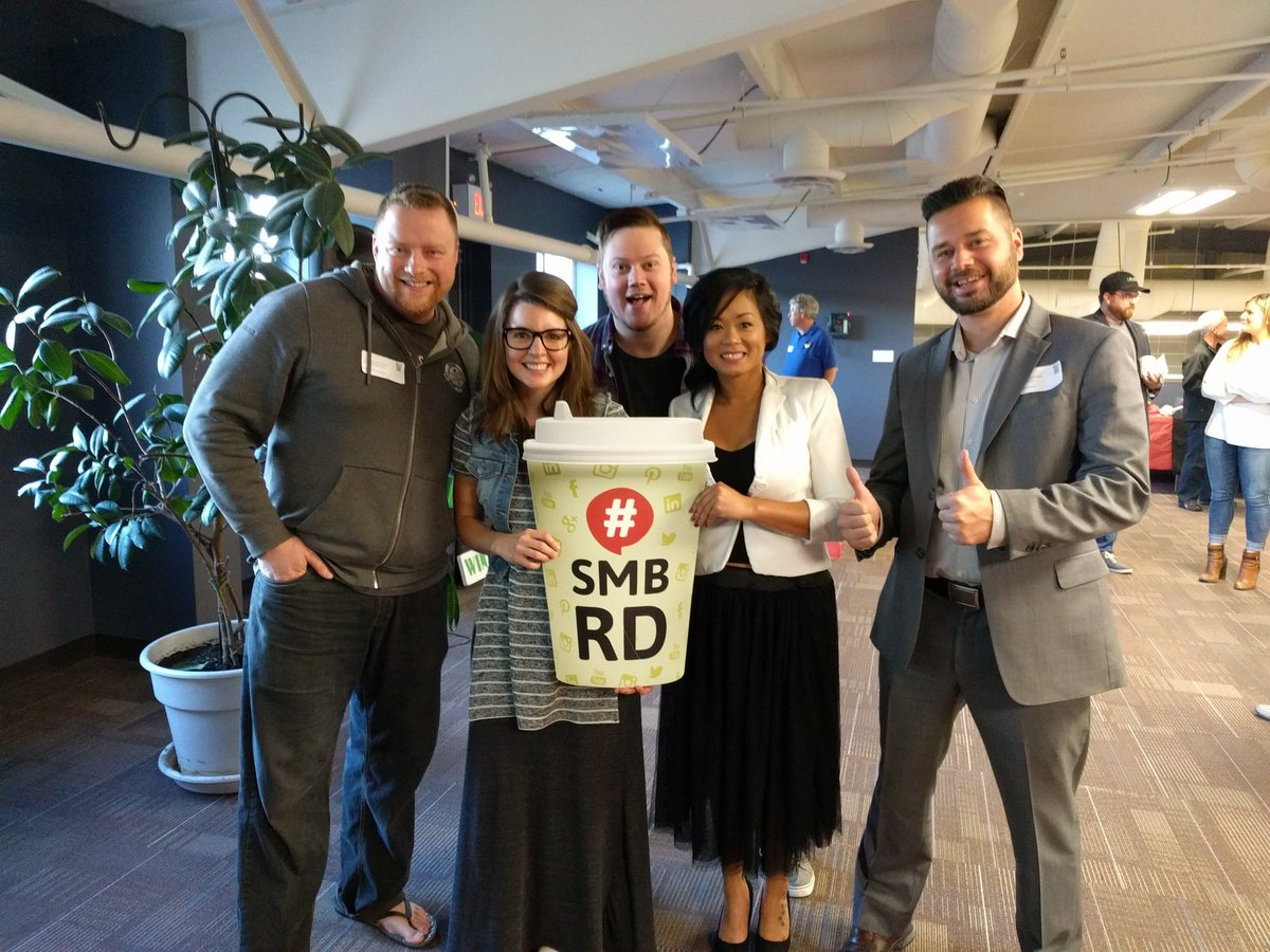 Check out this great crew! Thanks for speaking at this morning's #SMBRD @ReverseDealer @BondNutritionRD!!