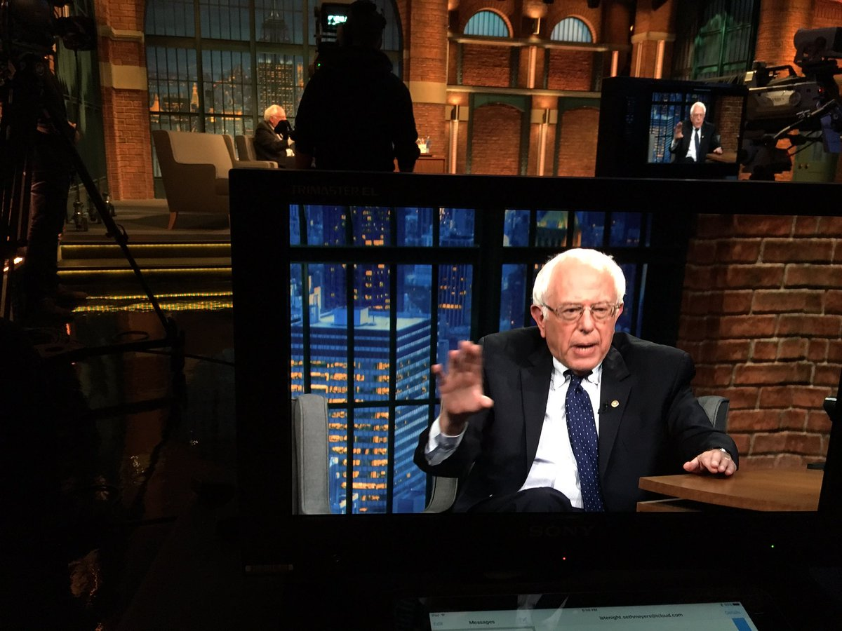 Stay up late for some intelligent political conversation with Seth and Bernie Sanders. https://t.co/YEEFjgOfTy