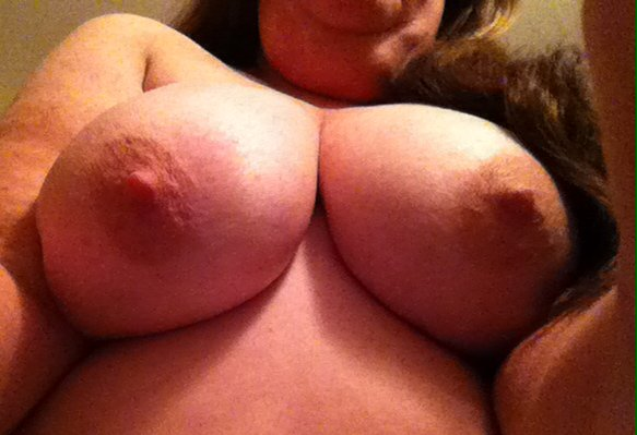 Nude Selfie 8423