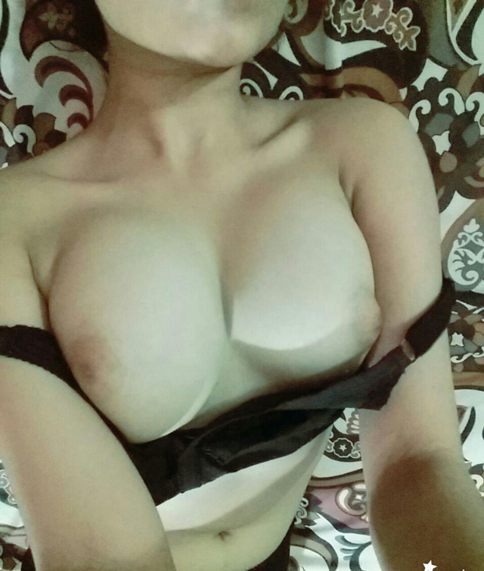 Nude Selfie 8434