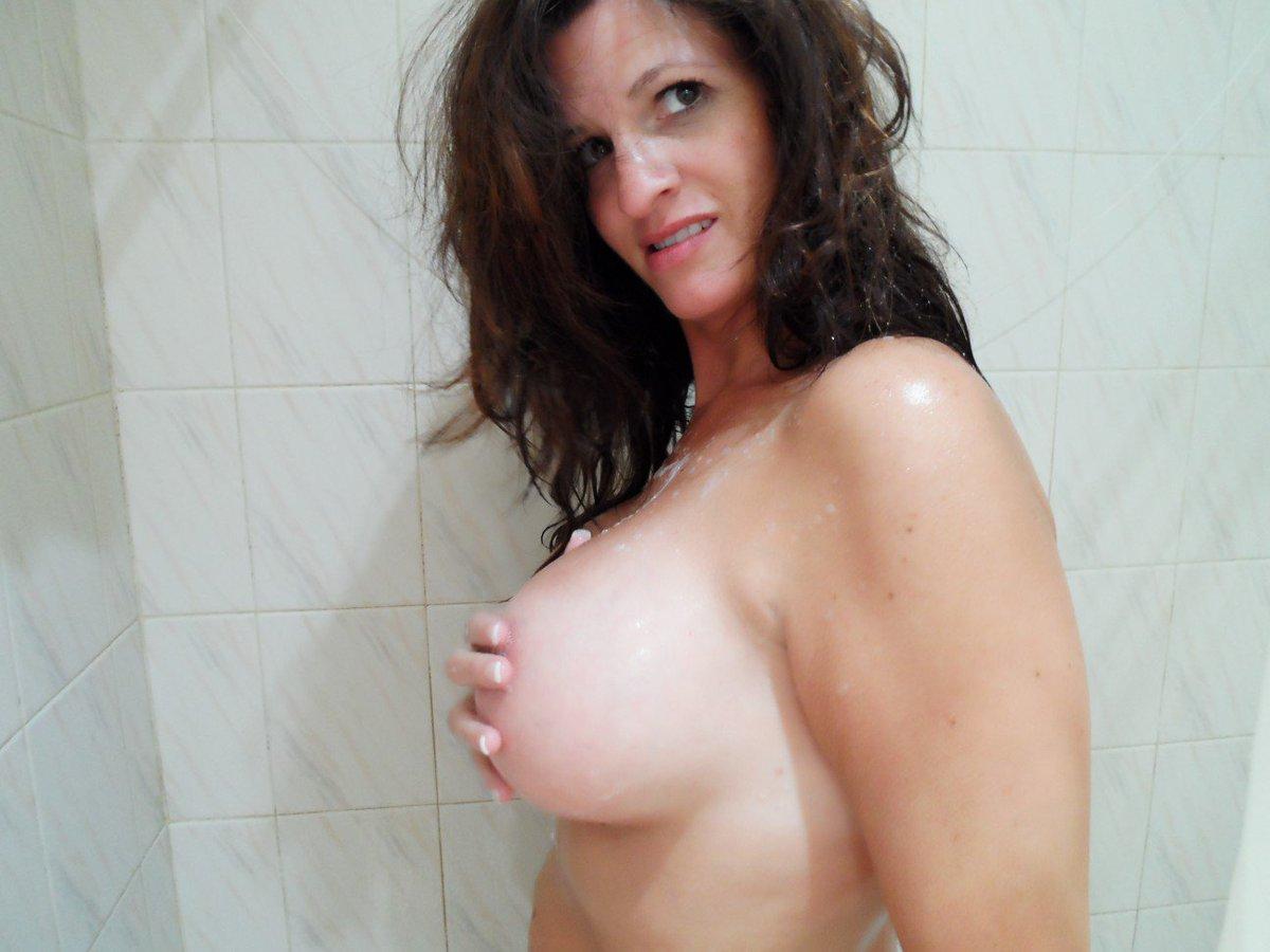 Nude Selfie 8476