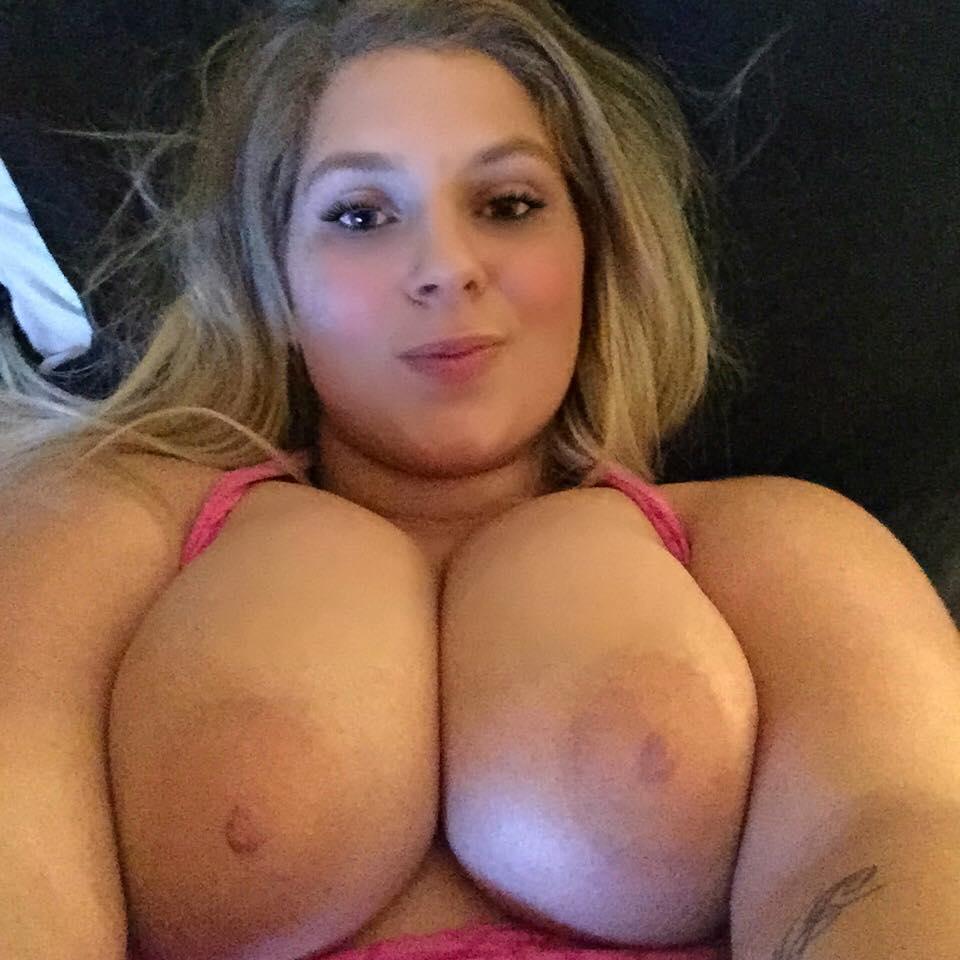 Nude Selfie 8528