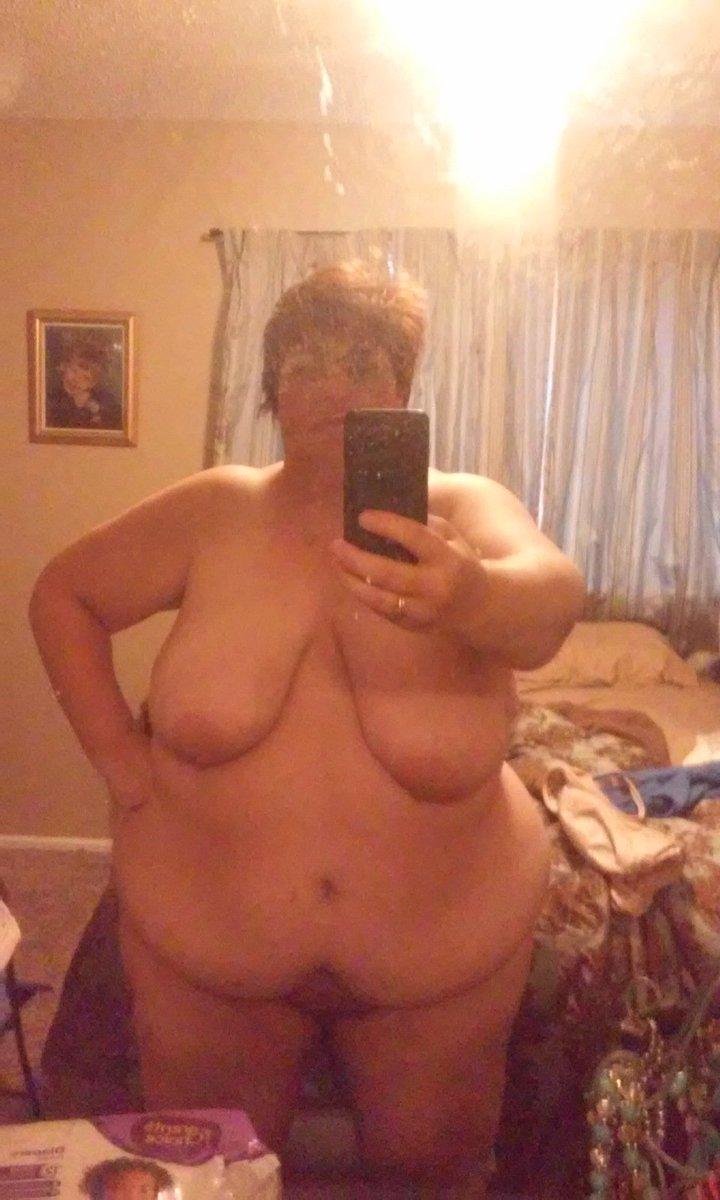Nude Selfie 8563