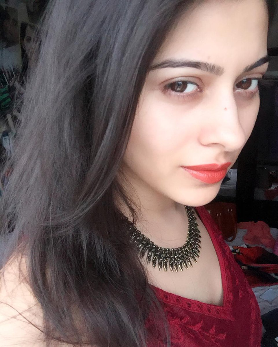 Aparna Dixit,off screen,image,picture,pic,Devika,Ambika,latest,photos,hd