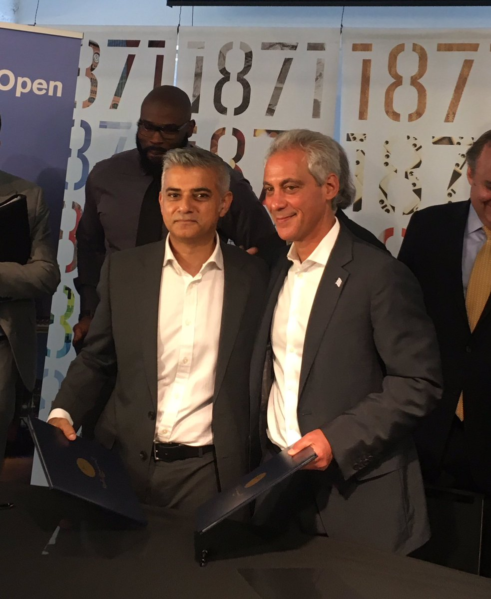 It's official. @ChicagosMayor & @SadiqKhan, Chicago & London: now partners. #ChicagoTech #LondonIsOpen @L_Pbusiness https://t.co/YEWb4BKTai