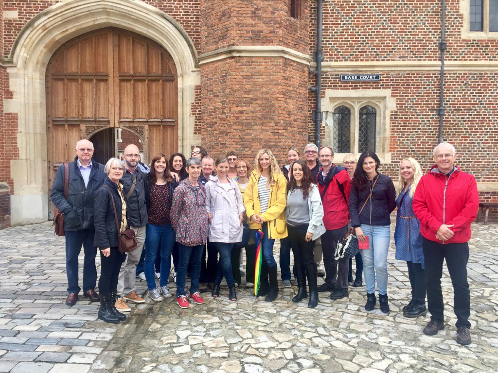 A great tour of Hampton Court Palace today with this lovely and lively group c/o @HistoricalTrips. Next one in May. https://t.co/a1ugYy9tcY