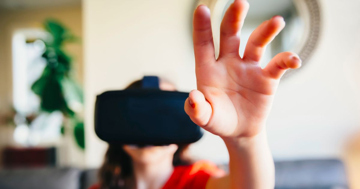 What brands need to know about virtual reality https://t.co/59vWl9wr3P via @mashable https://t.co/gGA9btsVfi