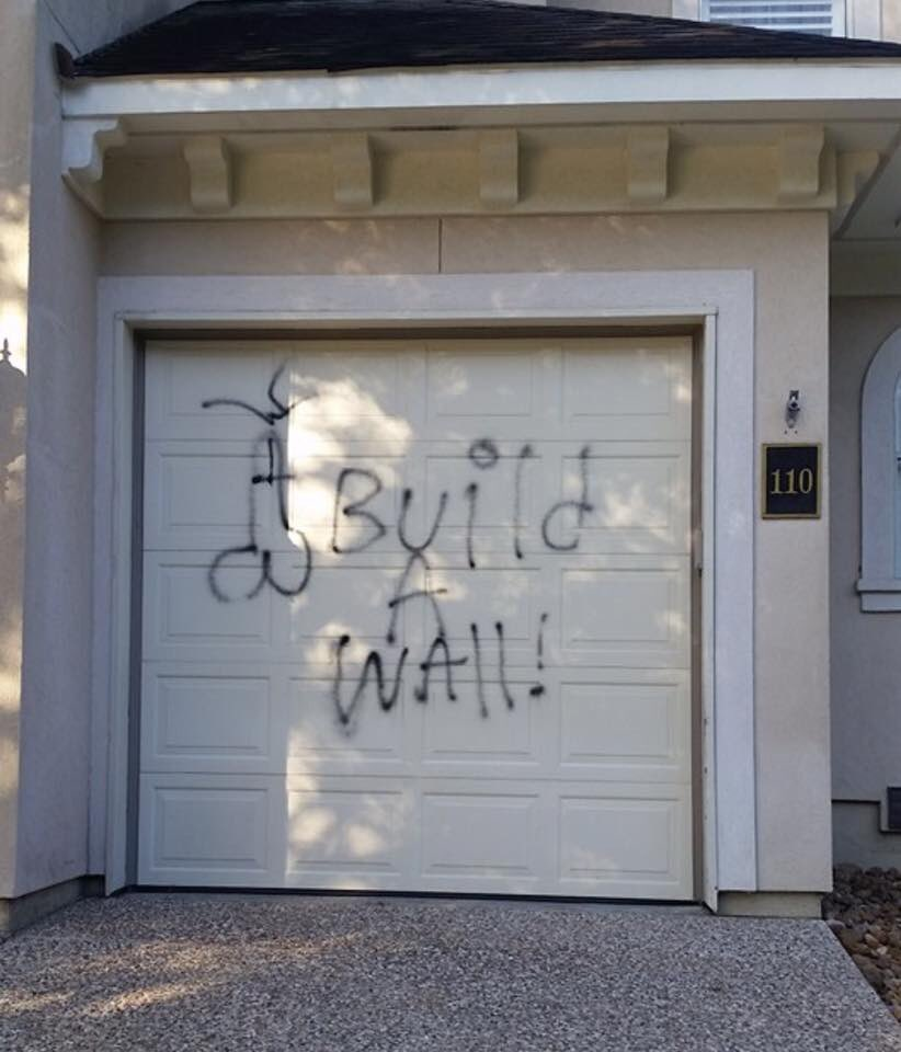 Racism... on the garage of an Indian family here in Houston. Please don't vote for @realDonaldTrump. https://t.co/rJXDOf6w26