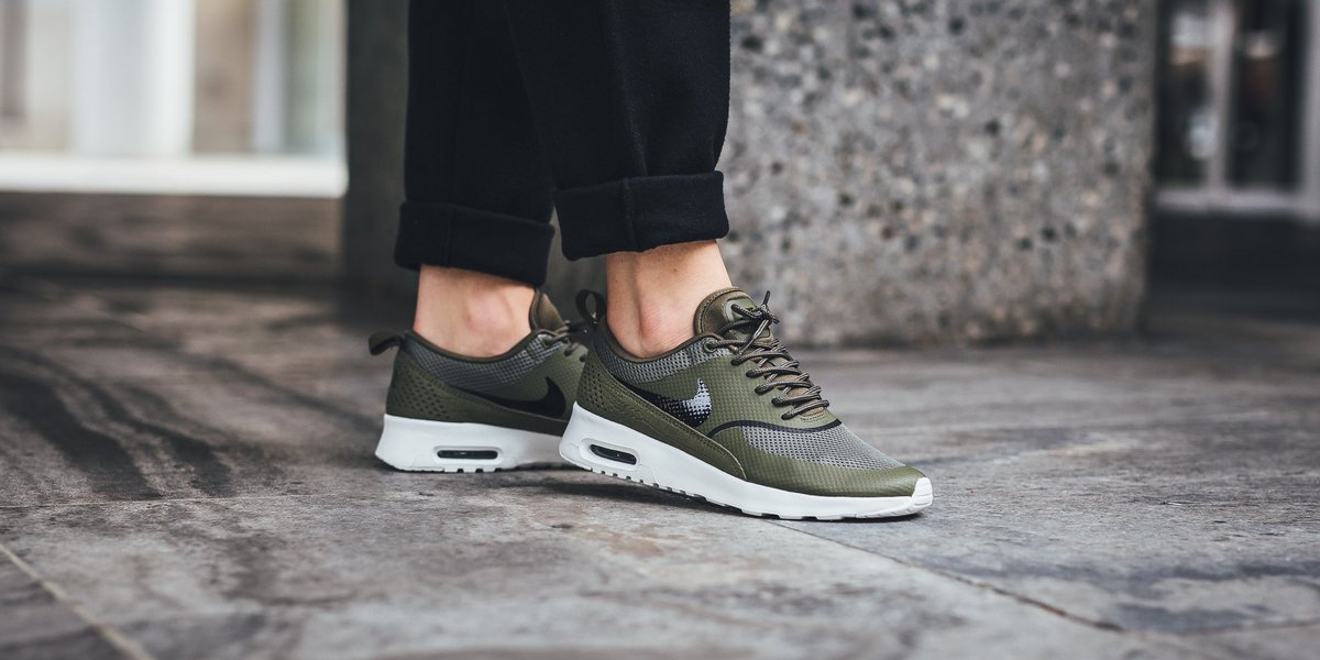 nike WMNS NIKE AIR MAX THEA MEDIUM OLIVEBLACK SUMMIT WHITE