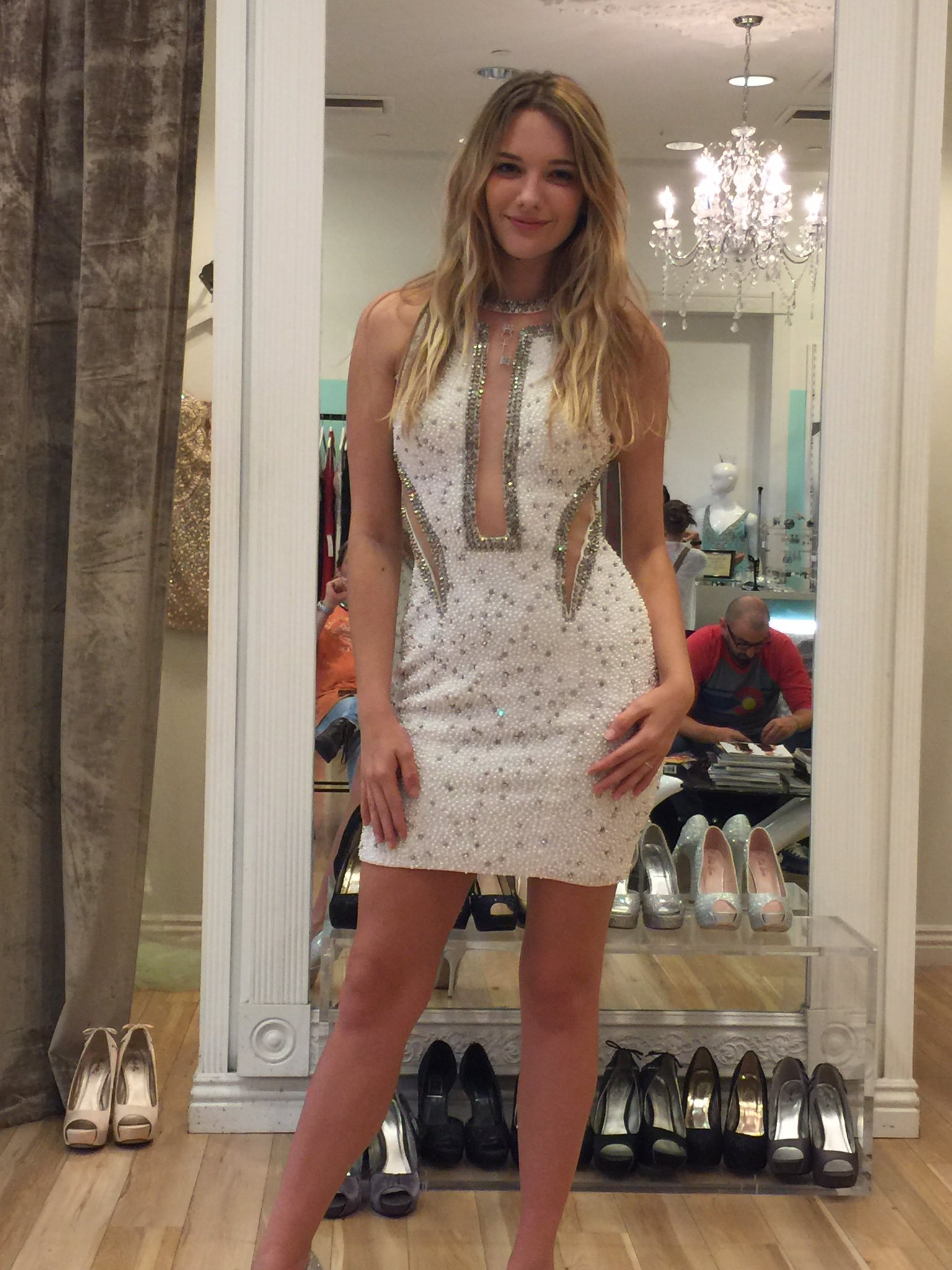 kenna james on twitter   u0026quot dress shopping today  i think i rock this one  what does everyone else