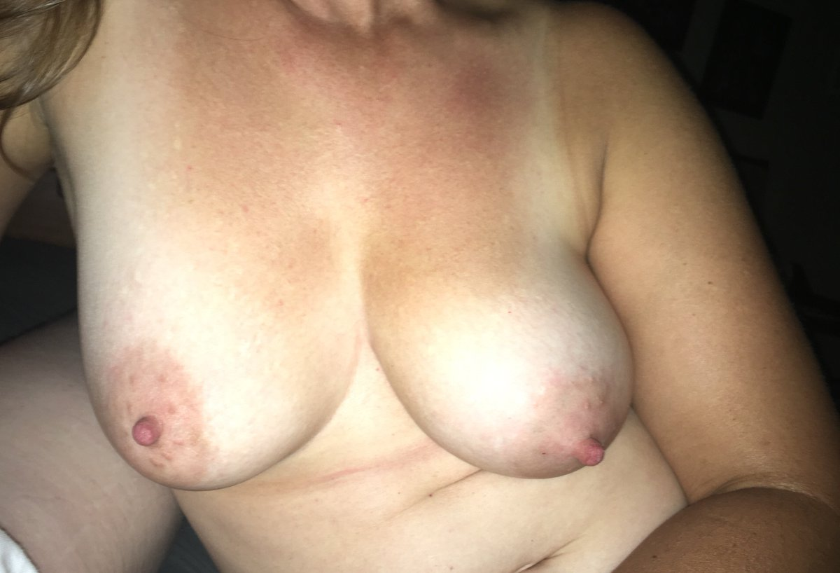 Nude Selfie 8582