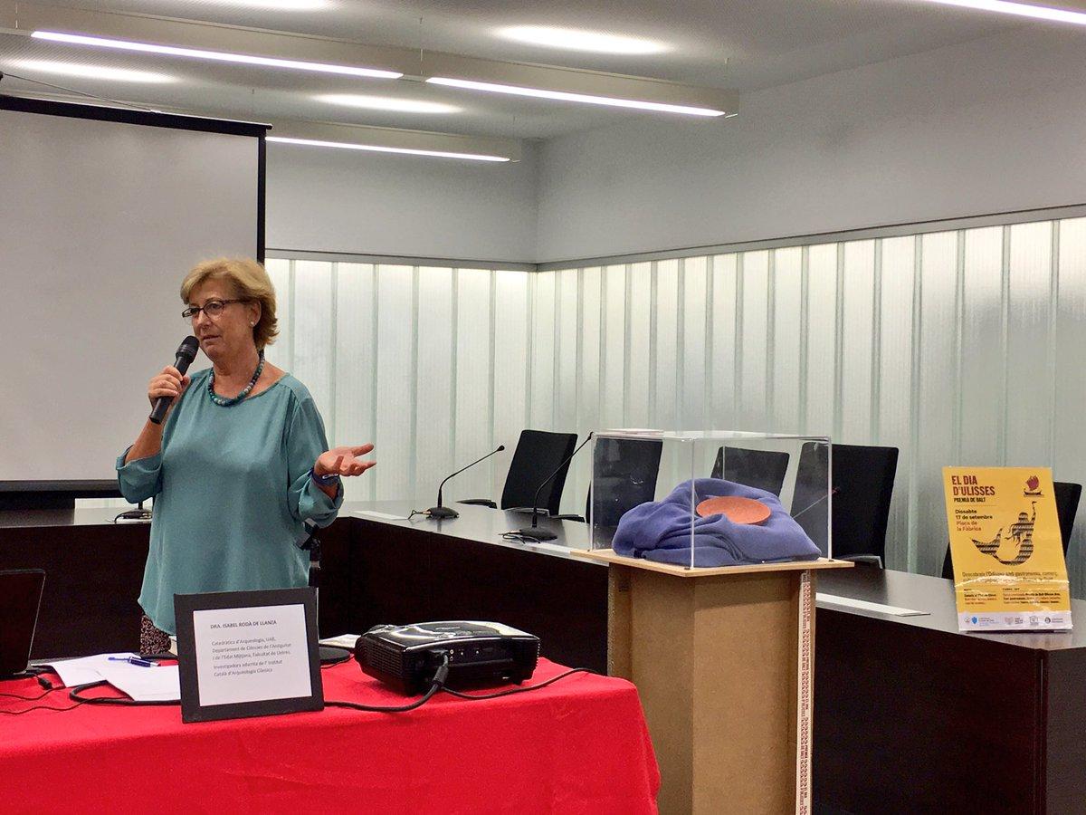 Isabel Rodà explica el plat de Circe a Premià de Dalt