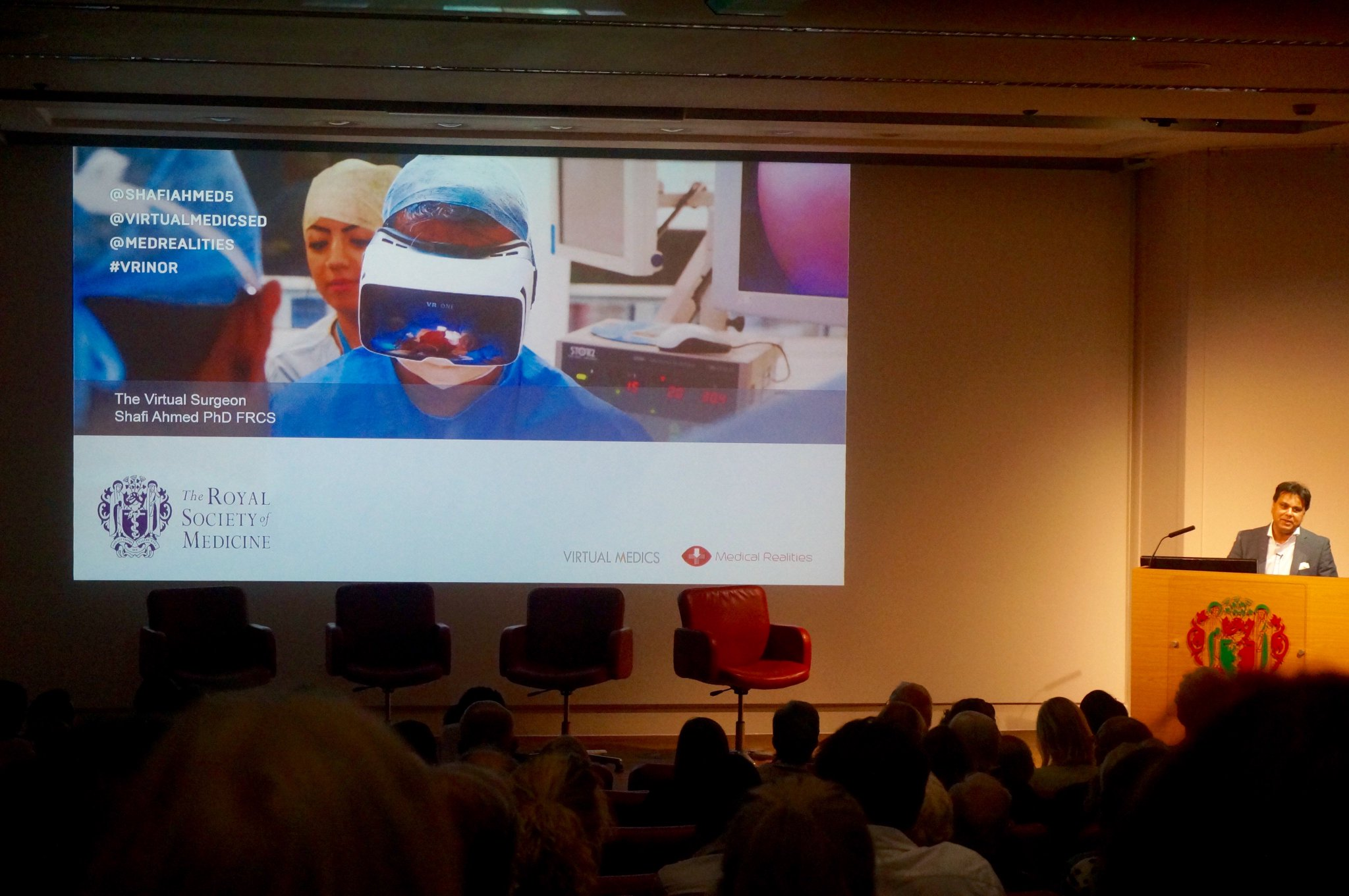 the amazing world of #virtualreality in #medicine as presented by @ShafiAhmed5 @RoySocMed #MedInnov https://t.co/N7lSWO7hXH