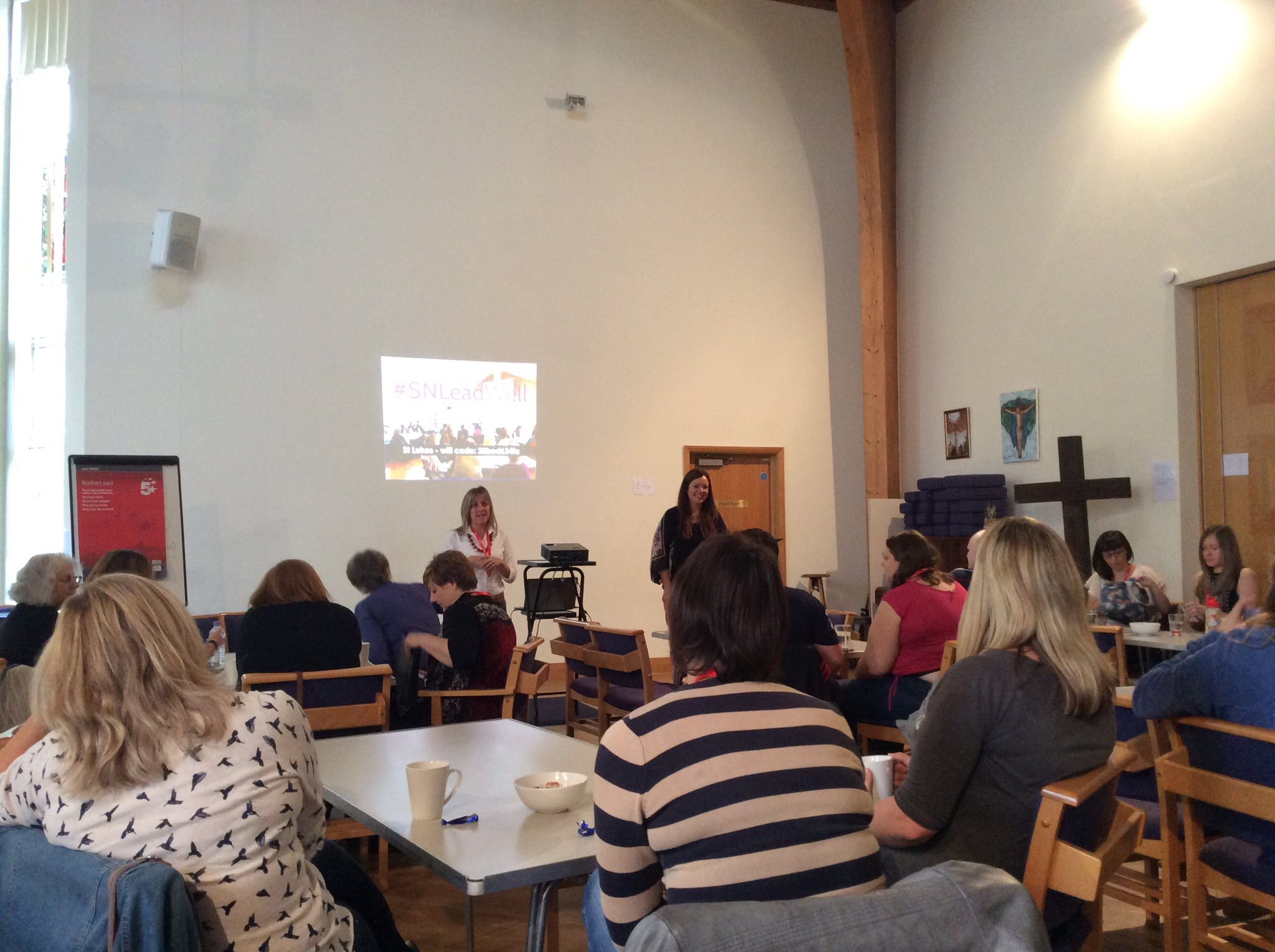 And we're off! Let's pray for a fruitful and inspiring day with @AnneCalver #SNLeadWell https://t.co/sqk6ykU815