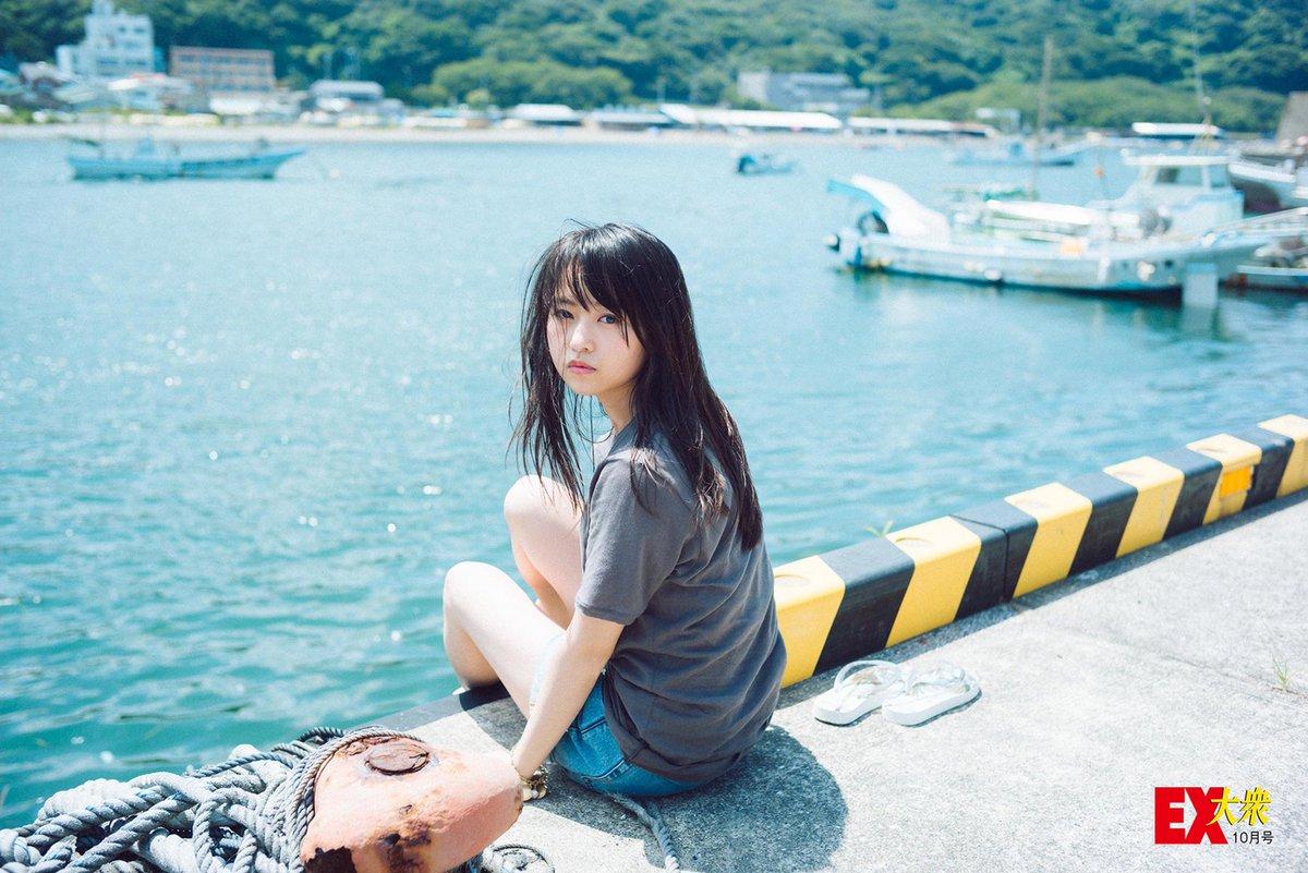 海での伊藤万理華