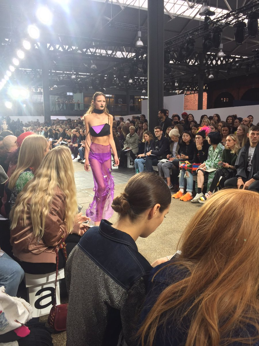 2019 year lifestyle- Teams topshop twitter lfw show