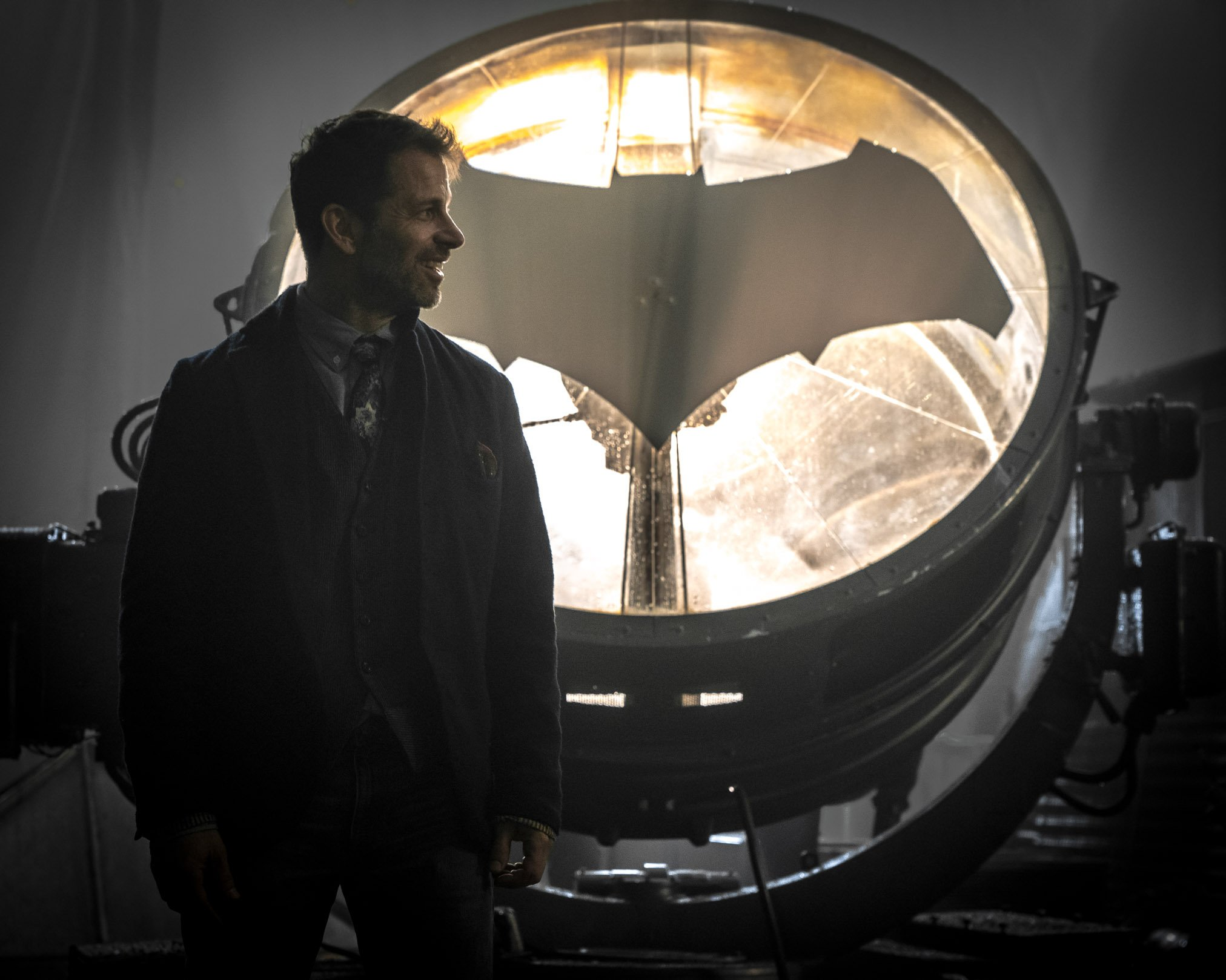 Zack Snyder Celebrates Batmanday With A First Look At J K