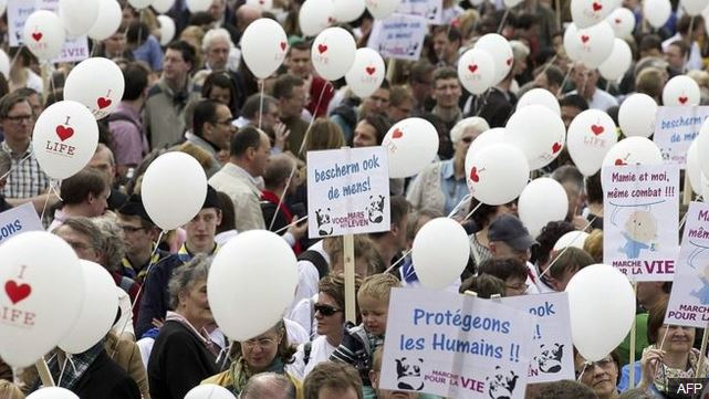 Eutanasia per un bambino, Belgio sotto shock