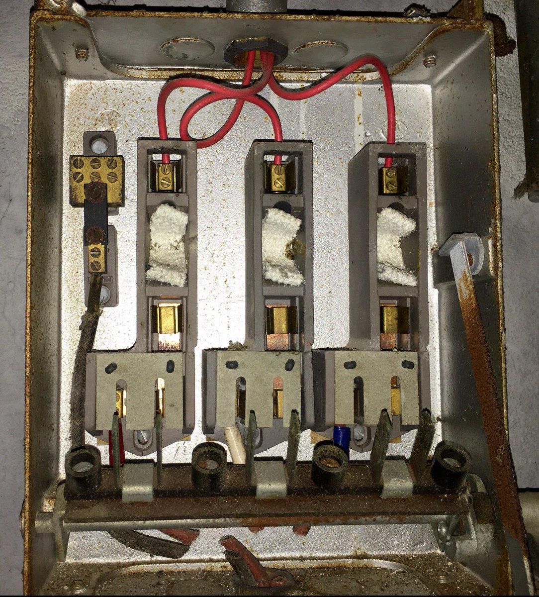 This Is Asbestos On Twitter Pure Chrysotile White Flash Older Fuse Boxes Pads Guards Are Commonly Found In Fuses Or Adjacent Disposed