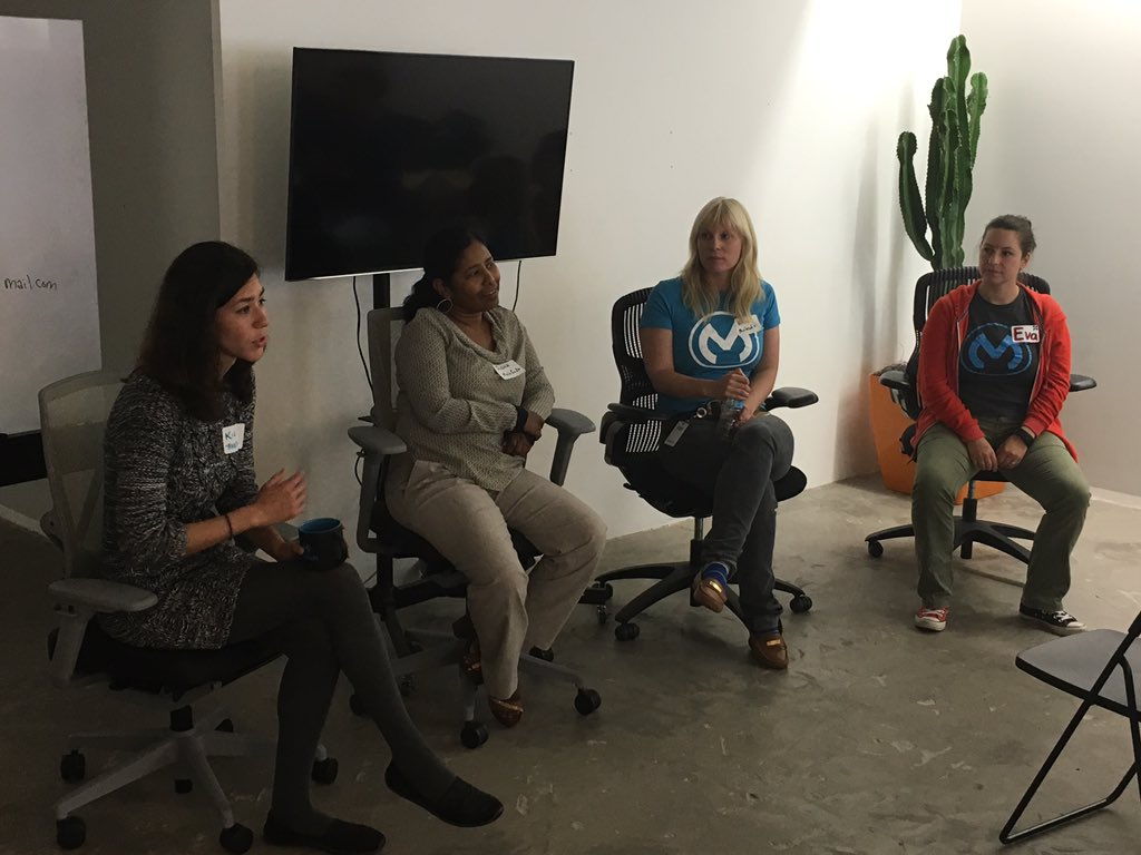 Awesome panel sharing their #tech experiences & how parents can help prepare their girls for tech careers #codingcup https://t.co/ROf1ygZz3U