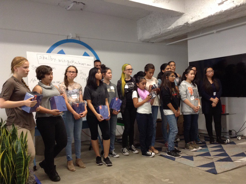 Winners of the #codingcup @mulesoft Girls Rock! #ILookLikeAnEngineer - Keep coding & enjoy your journey! https://t.co/JpxCFipyuR