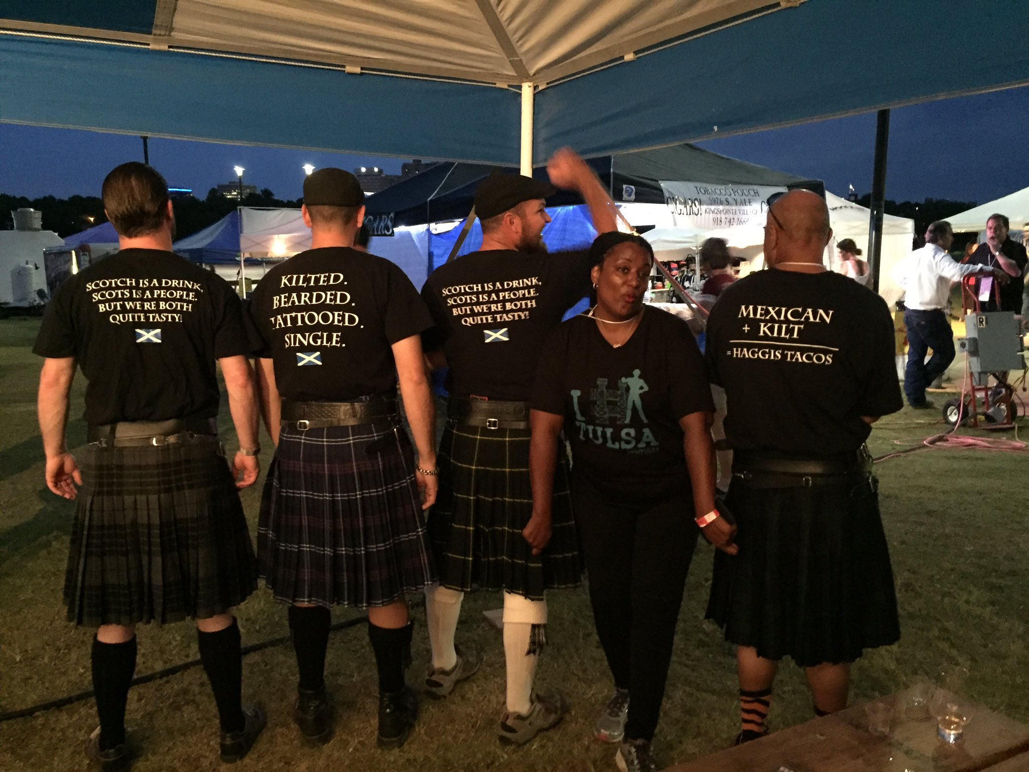 Our fearless @SMTulsa team leader, @Partyaficionado & some #meninkilts @OKScotFest #SCOTFEST https://t.co/9bXJCuqkr2