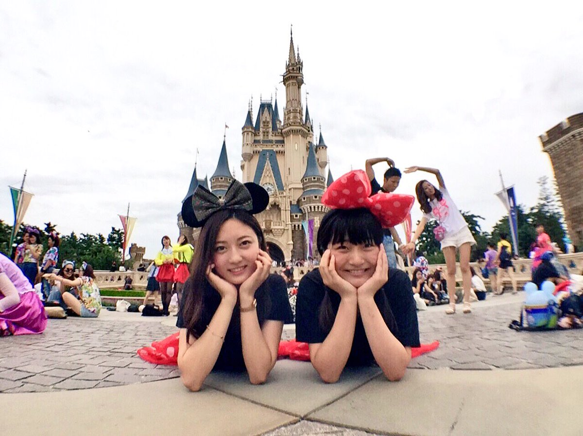 """高折沙羅 on twitter: """"9/15 disney land?? 8年ぶりに再会した幼馴染"""