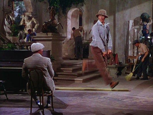 """Heclat on Twitter: """"@tbarnaud #SondageDanse Chantons sous la pluie avec la  danse acrobatique de Donald O'Connor """"Make 'Em Laugh"""".… """""""