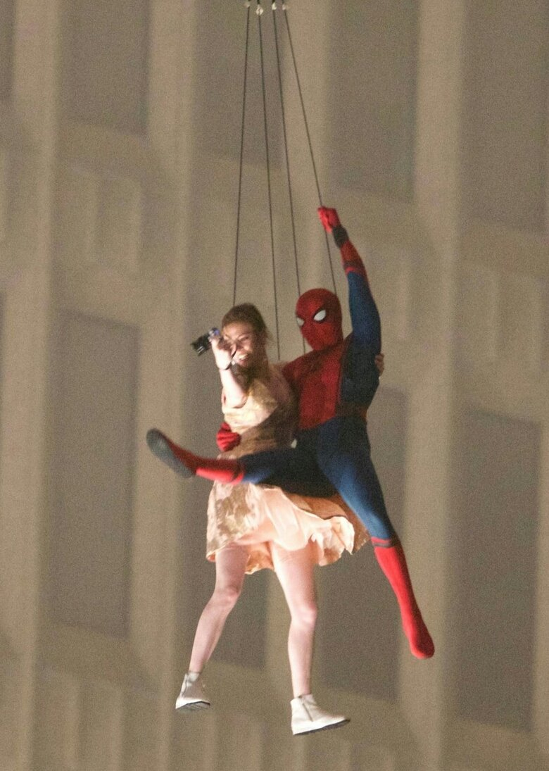общем новые фото со съемок человек паук возвращение конце недели для