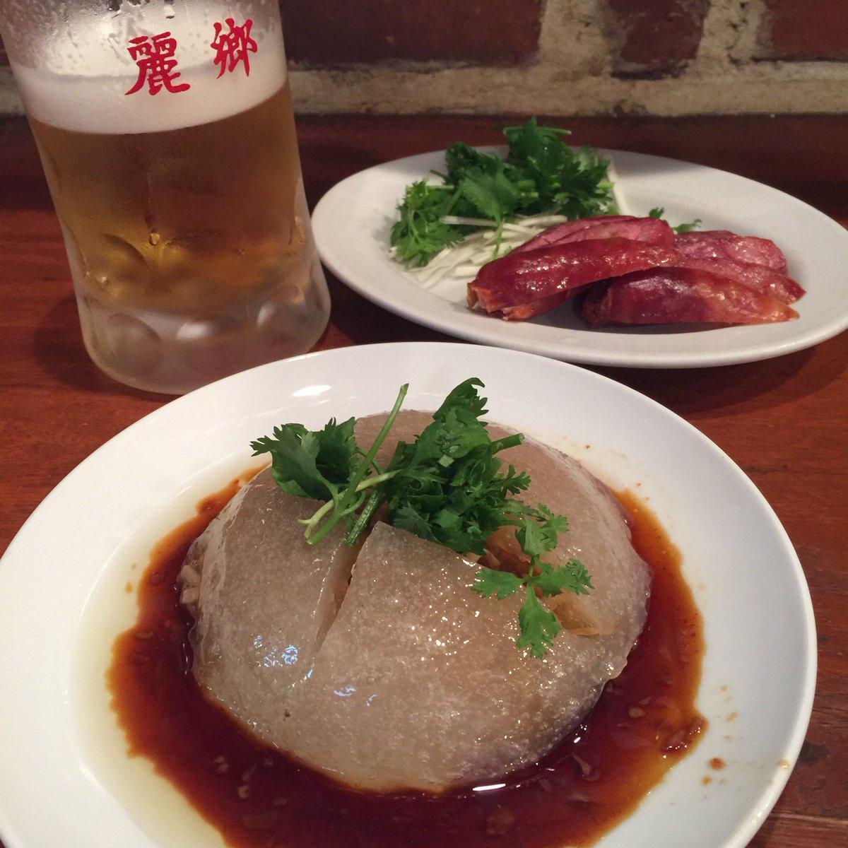 良きライブの後はいつもの呪文。肉員(バーワン)、腸詰、生ビール。