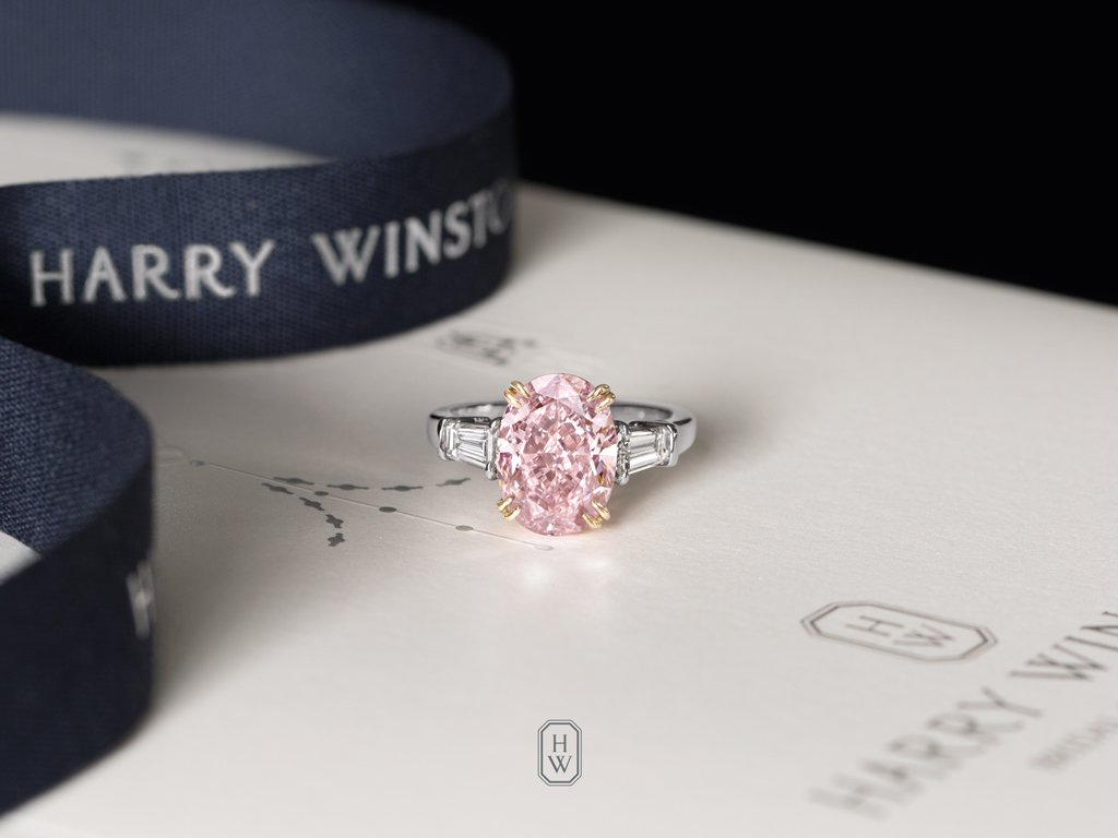 Pink Diamond Ring >> Harry Winston Twitterissa A Rare 5 13 Carat Pink Diamond
