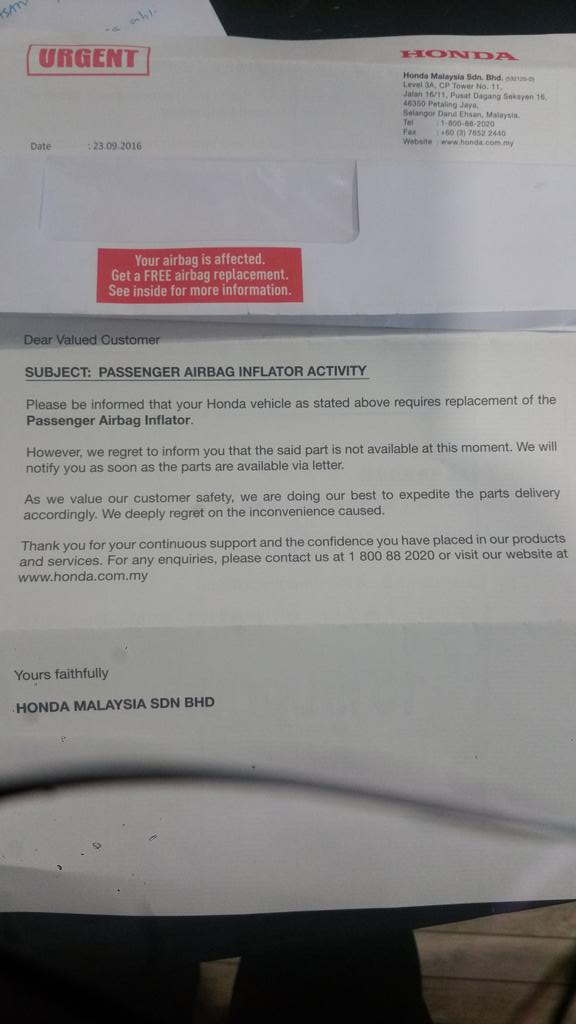 """Honda M'sia notified car owners """"passenger Airbag needs replacement but parts not available now""""Drivers etc at risk? https://t.co/deNgu0ZQmP"""