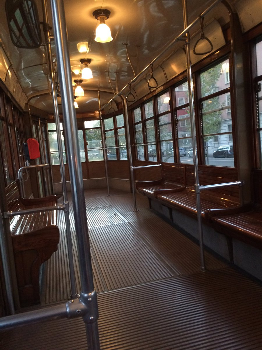 Italian Aesthetic On Twitter Empty Tram My First Morning Teaching NOT EVEN THE MILANESI ARE UP THIS EARLY 2early