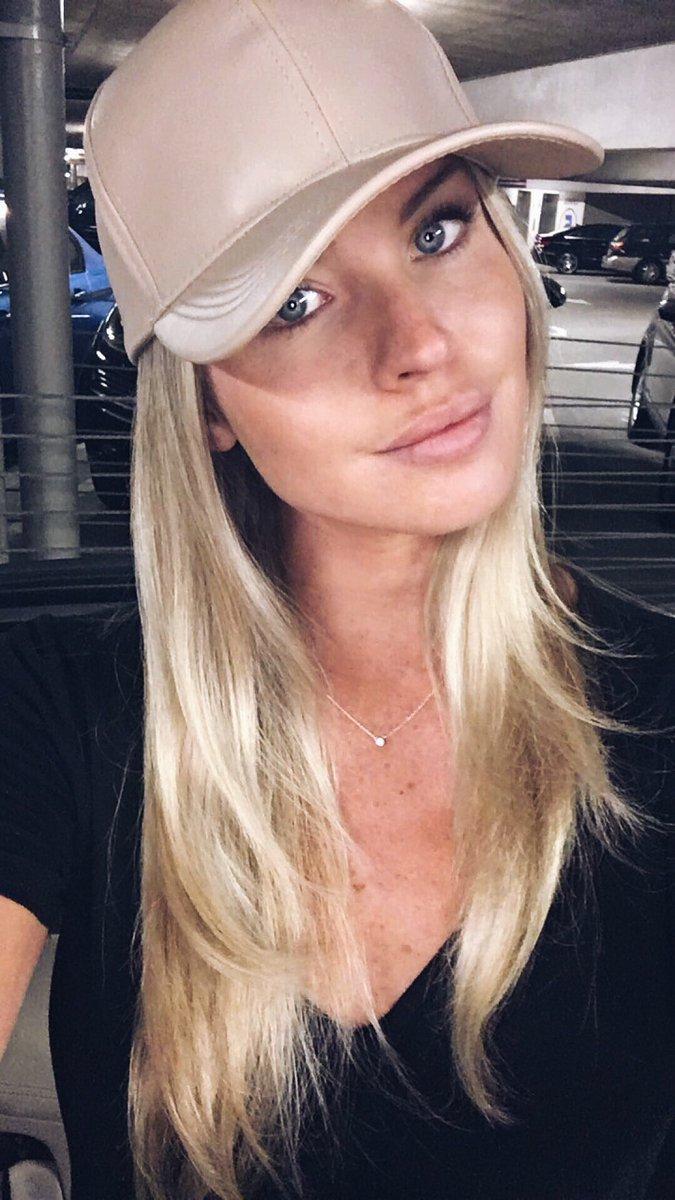 Snapchat Carly Lauren nudes (23 photos), Tits, Sideboobs, Selfie, bra 2017