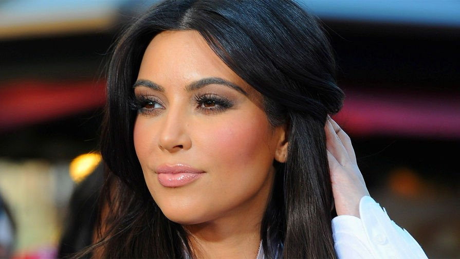 kim kardashian net worth - HD2130×1625