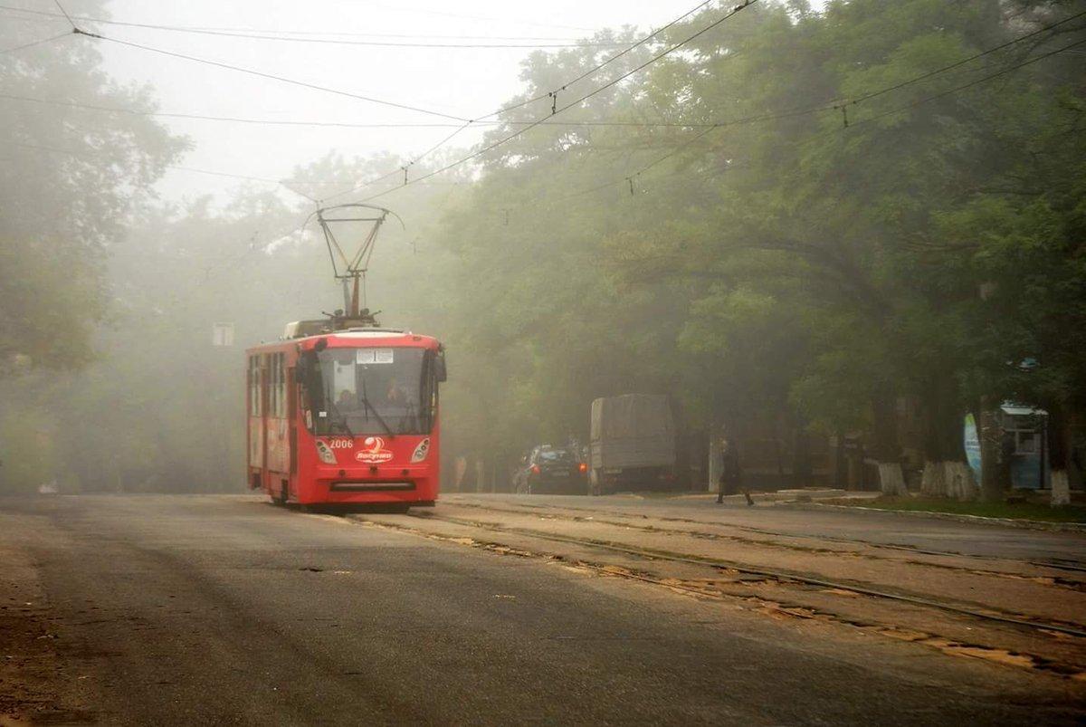 Трохи туманного Миколаєва вам у стрічку #туман #Миколаїв https://t.co/zDvTlCjpjJ