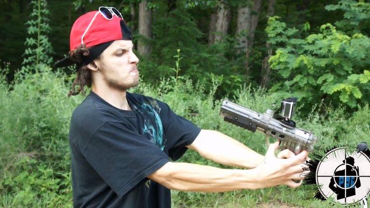 Video se dispar a quemarropa en la cara con una pistola - Pistola para lacar ...