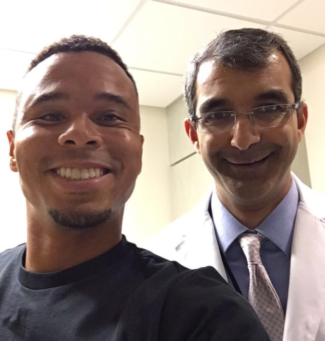 After my 4 month follow up with Dr. Raut, I'm still cancer free!!! #blessed https://t.co/V5qK4yp3fa