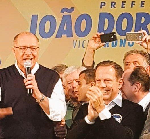 @geraldoalckmin_ Parabéns pelo excelente trabalho em todo Estado de SP que se refletiu nessas urnas para o @PSDB_SP o maior vencedor em 2016 https://t.co/x6H6nDKXNQ