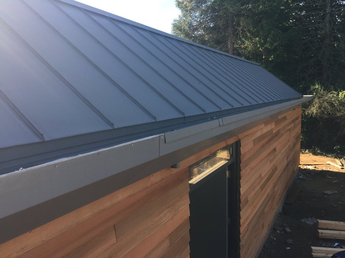 Geoff neal roofing on twitter cedar cladding zinc roof gutter and soffit detail make for a nice finish on this modern build in north yorkshire