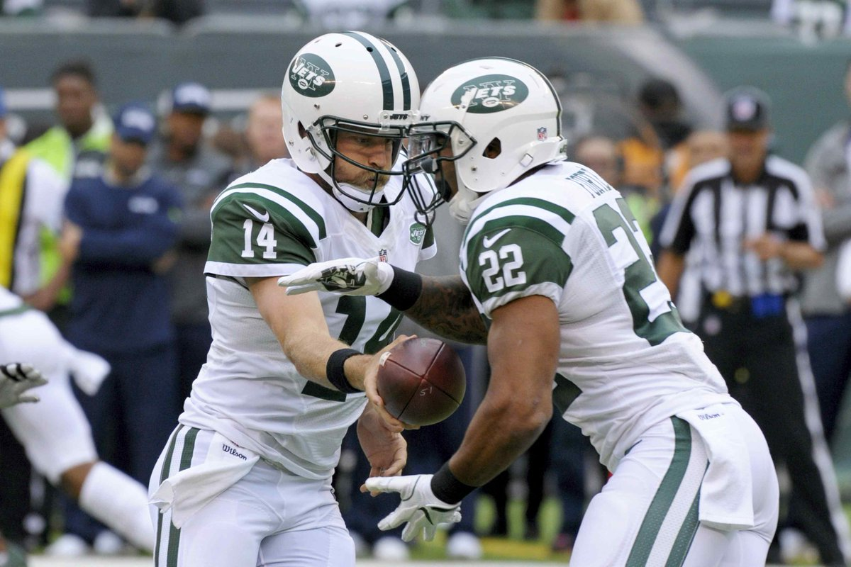 (Nhregister) #Ryan #Fitzpatrick says he&#39;s &#39;right guy&#39; to turn Jets around : FLORHAM PARK,..  http://www. inusanews.com/article/103120 71511/ryan-fitzpatrick-jets &nbsp; … <br>http://pic.twitter.com/PZUY66pTVm