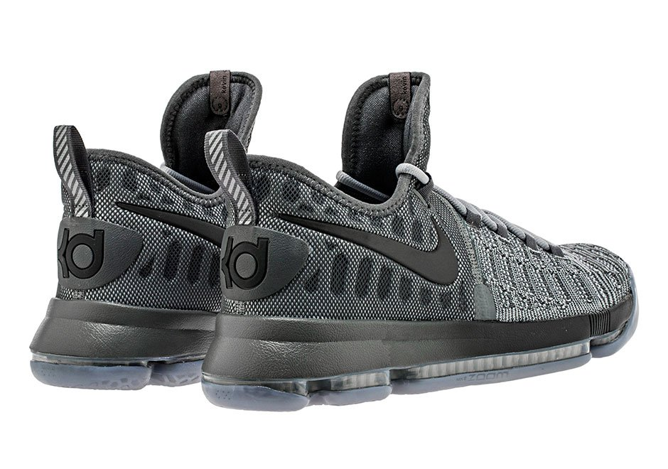 new concept e6f12 01bbd Sneaker News on Twitter: