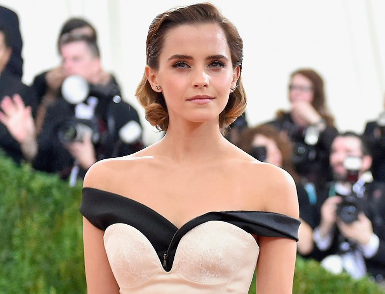 .@EmWatson nails sustainable chic — and so can you. http://go.brit.co/2dNow42
