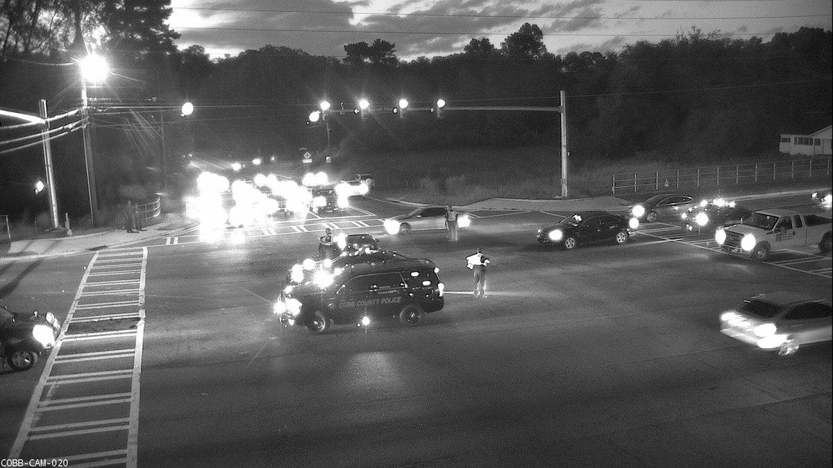"Cobb County DOT on Twitter: ""AVOID Barrett Pkwy near Burnt Hickory while Cobb PD works to clear earlier accident that is causing Major #DELAYS #ATLtraffic… ..."
