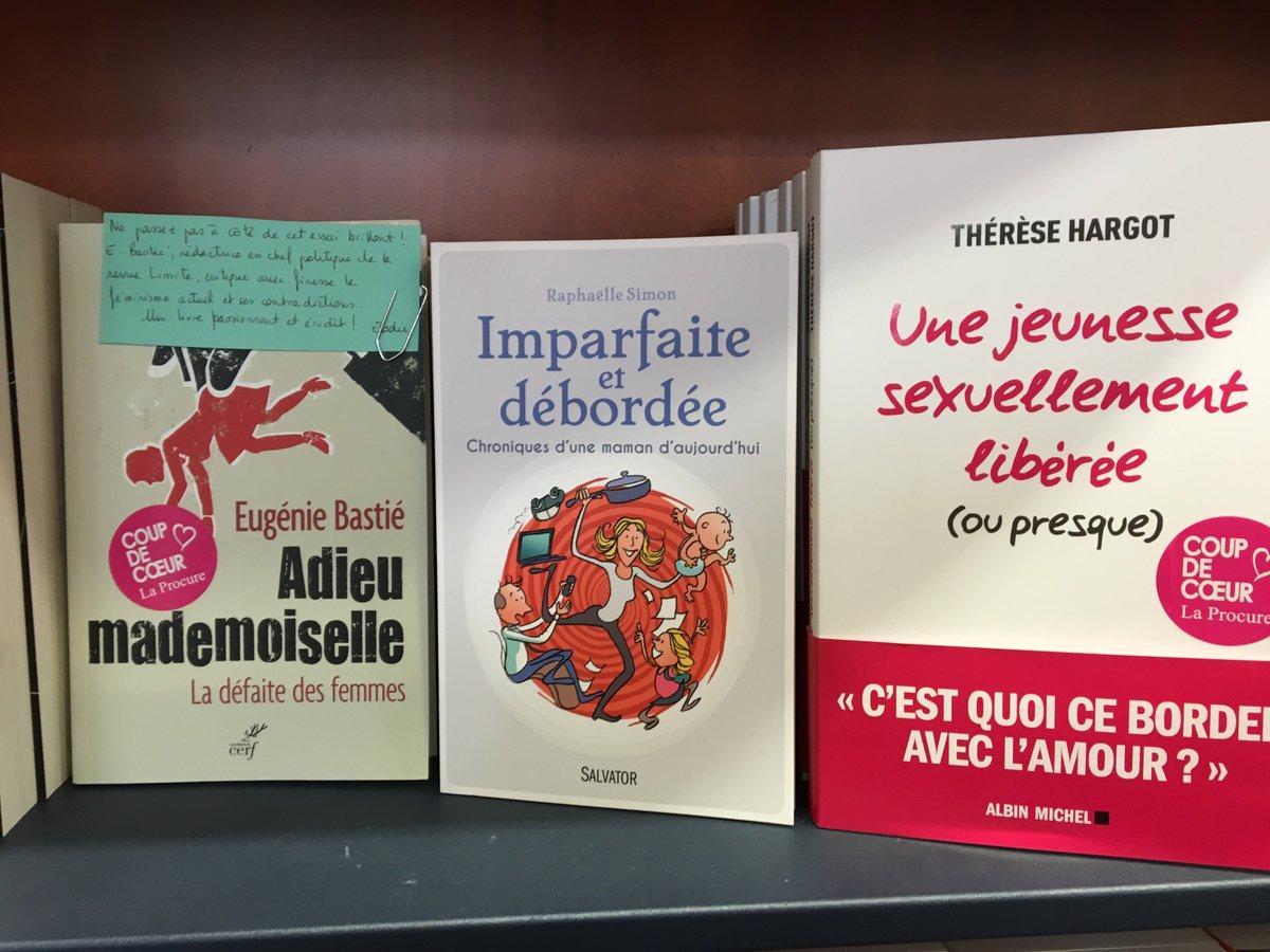 Raphaelle Simon On Twitter Quand Ton Livre Bien Place